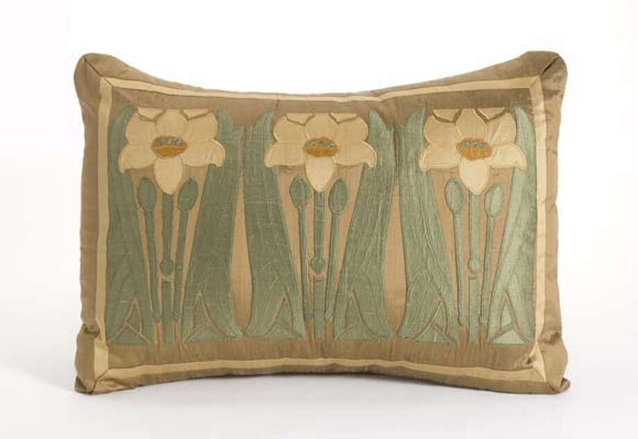 Wende craggs applique evokes arts and crafts sfgate