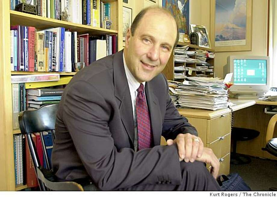 DR.David Spiegel Stanford University psychiatry and behavioral science s professor. Photo: Kurt Rogers, The Chronicle