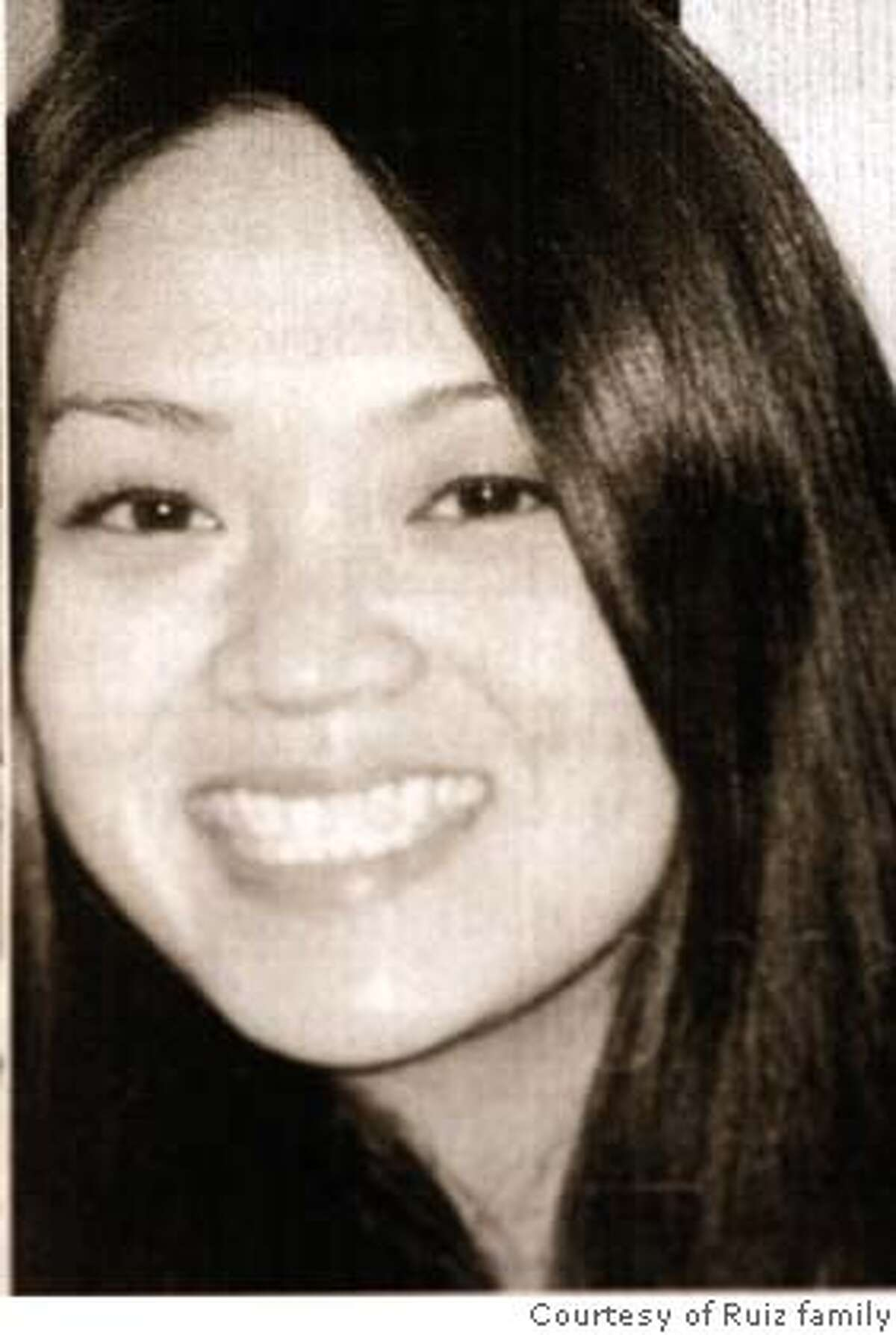 """missing10_068.JPG A recent photograph of the missing woman, Veronica """"Nikki"""" Ruiz. Photograph courtesy of the Ruiz family. Volunteers kept up the search for Veronica """"Nikki"""" Ruiz Sunday, still holding out hope since she vanished while hiking December 3rd. While volunteers searched Mount Tamalpais, family members and friends worked at a Holiday Inn Express in Mill Valley. {By Brant Ward/San Francisco Chronicle}12/9/07"""