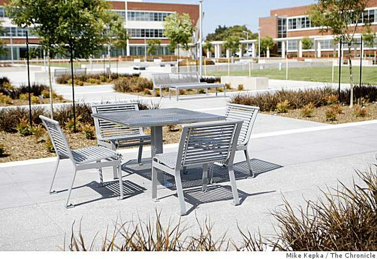 Picnic tables and landscaping adorn the newly restored Civic Center Plaza on Friday May 22, 2009 in Richmond, Calif.