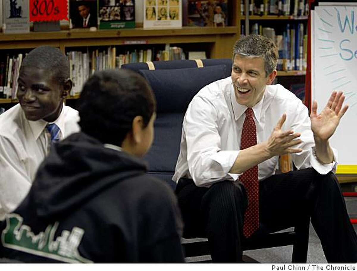 U.S. Secretary of Education Arne Duncan visits with middle school students at Paul Revere College Preparatory School in San Francisco, Calif., on Friday, May 22, 2009.