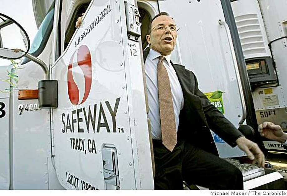Safeway ranked No. 26safeway19_179_mac.jpg    Chairman, Presdient and CEO of Safeway, Steve Burd, jumps down from one of the newer rigs.  Grocery store Safeway Inc. one of the nation's leading retailers embracing environmentally friendly initiatives throughout it's business operations, announced today that it has converted its entire California and U.S. truck fleet to cleaner-burning biodiesel fuel.    Michael Macor / The Chronicle   Taken on 1/18/08, in Dublin, CA, USA Photo: Michael Macor, The Chronicle