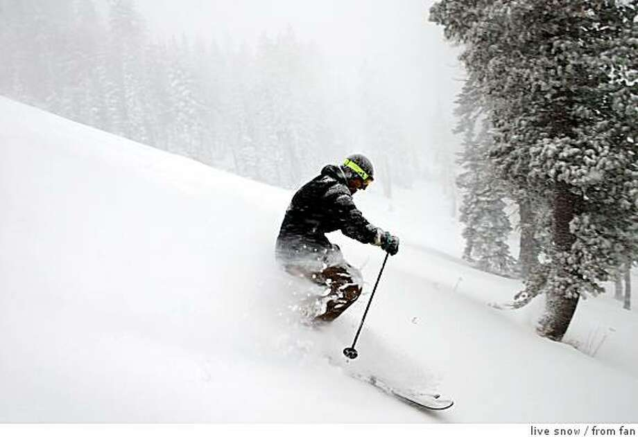 Stephan Riendeau of Truckee cuts up fresh powder on Wednesday at Sugar Bowl, one of the resorts benefiting from new-fallen snow. Ran on: 12-20-2007 Photo: Live Snow, From Fan