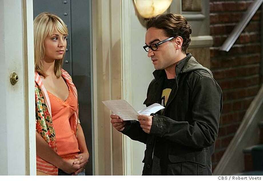 Leonard (Johnny Galecki, right) volunteers to sign for a package, hoping to make a good impression on Penny (Kaley Cuoco, left) on the 'Big Bang Theory.' He apparently did, because the pair dated for a spell. Photo: ROBERT VOETS
