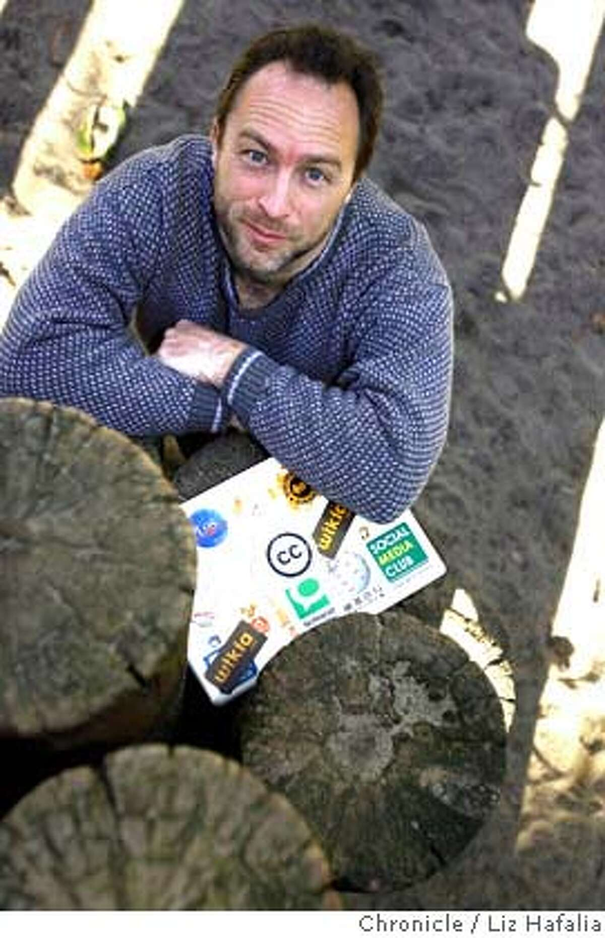 WALES29_035_LH.JPG Jimmy Wales, the founder of Wikipedia Liz Hafalia/The Chronicle/San Francisco/11/29/07 **Jimmy Wales cq Ran on: 11-30-2007 Wikipedia founder Jimmy Wales says a test in Germany might reduce how often the site is sabotaged by pranksters.