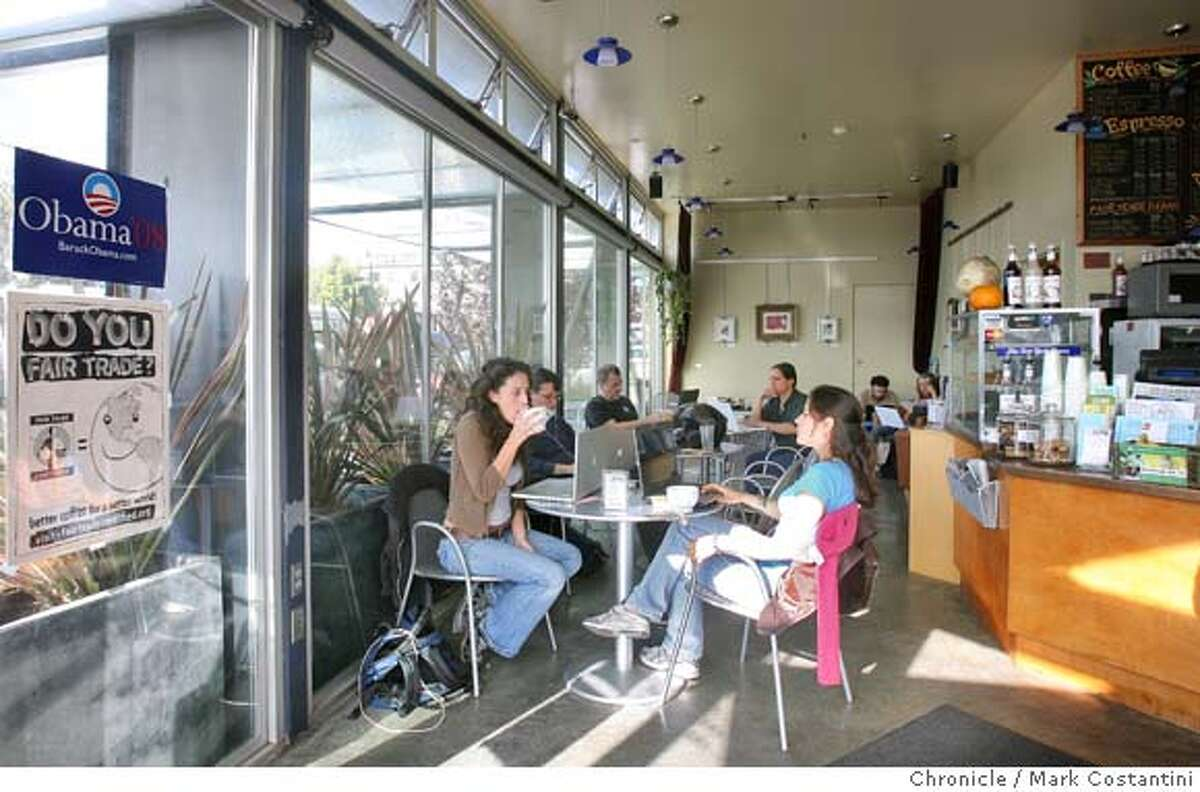 Interior of the Nomad Cafe, a great little neighborhood cafe that also resembles a computer lab, so many people use laptop computers. Mark Costantini / The Chronicle Photo taken on 11/30/07, in Oakland, CA, USA
