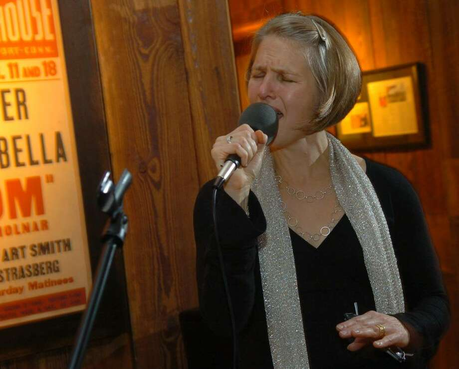Lissy Newman,  the daughter of Joanne Woodward and the late Paul Newman, performs at The Dressing Room restaurant  in Westport, Conn. on Friday Oct. 30, 2009. Photo: Christian Abraham / Connecticut Post