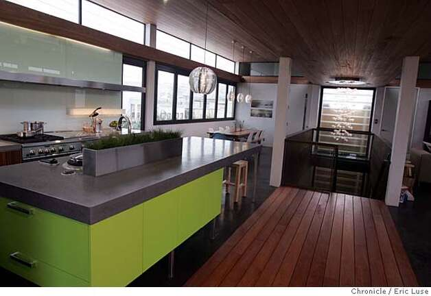 sunset_ideahome296_el.jpg Kitchen on the third floor. Sunset Idea Home opens Dec8-9. Claims to be a completely green home. Eric Luse / The Chronicle Photo taken on 12/4/07, in San Francisco, CA, USA  Names cq from source  Sandra & Tony Serpa MANDATORY CREDIT FOR PHOTOG AND SAN FRANCISCO CHRONICLE/NO SALES-MAGS OUT Photo: Eric Luse
