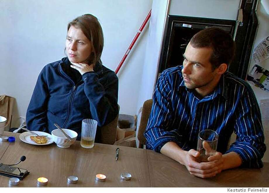 Rosa Rucker (L) and Pablo Wendel discuss her stabbing incident in the Sunset District, at their home on November 30, 2007. CR: Kestutis Fvirnelis MANDATORY CREDIT FOR PHOTOG AND SAN FRANCISCO CHRONICLE/NO SALES-MAGS OUT Photo: Kestutis Fvirnelis
