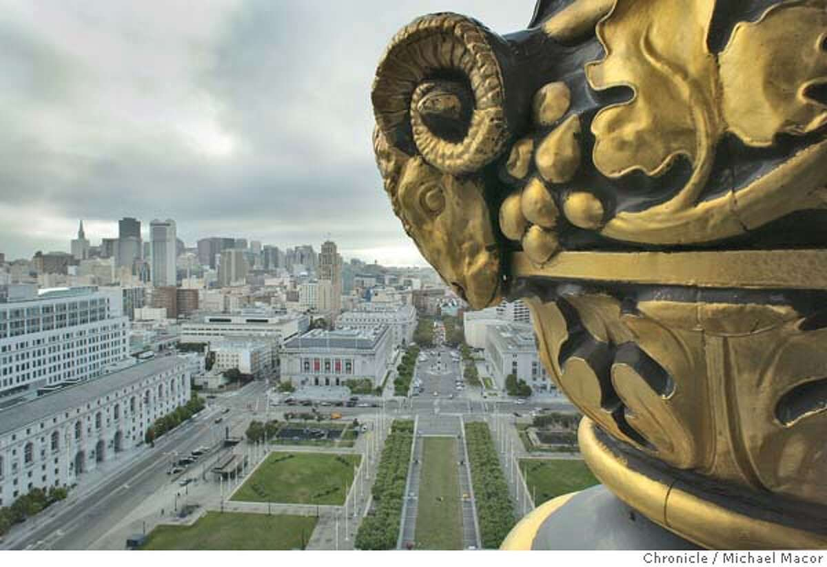 City Hall.Ongoing project that looks at the city of San Francisco 15 years after the 1989 Loma Prieta Earthquake changed the look of city forever. 7/7/04 in San Francisco Michael Macor/San Francisco Chronicle