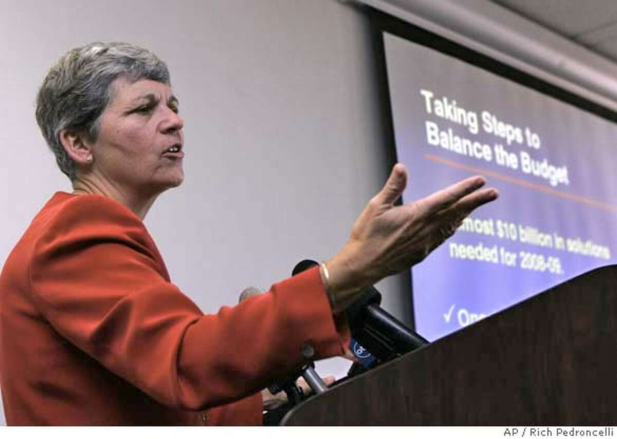 Legislative Analyst Elizabeth Hill gestures while discussing the the nearly $10 billion revenue shortfall her office predicts for the 2008-09 state budget during a news conference held in Sacramento, Calif., Wednesday, Nov. 14, 2007.(AP Photo/Rich Pedroncelli)