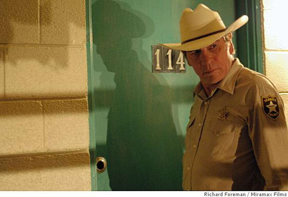 Tommy Lee Jones as Sheriff Bell in NO COUNTRY FOR OLD MEN. Photo credit: Richard Foreman/ Courtesy of Miramax Films.Ran on: 11-09-2007