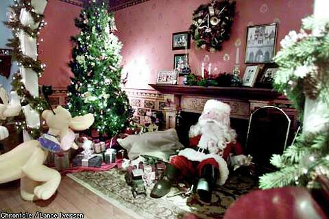 Christmas Designers.The Soul Of Christmas Designers Thematic Displays Lift