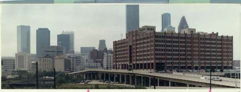 Open admissions may end at UH-Downtown - Houston Chronicle