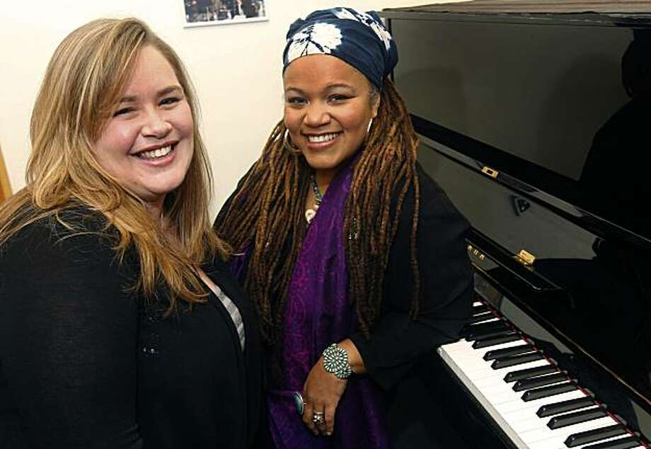 Jazz vocalists Trelawny Rose (left) and Amikaeyla are seen in Berkeley, Calif., on Thursday, Jan. 13, 2011. The duo have recorded a CD of music as a tribute to the late singer Eva Cassidy. Photo: Paul Chinn, The Chronicle