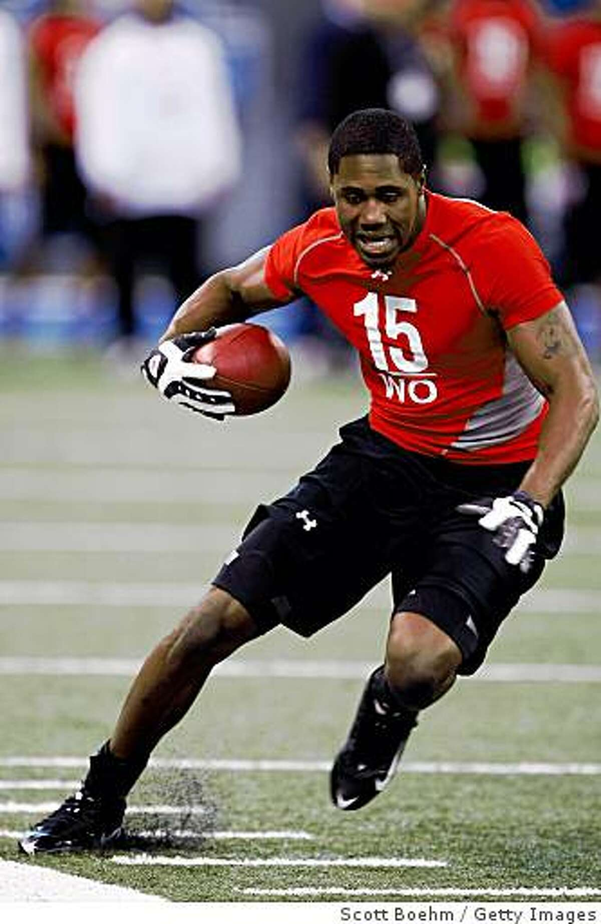 INDIANAPOLIS, IN - FEBRUARY 22: Wide receiver Darrius Heyward-Bey of Maryland runs with the football during the NFL Scouting Combine presented by Under Armour at Lucas Oil Stadium on February 22, 2009 in Indianapolis, Indiana. (Photo by Scott Boehm/Getty Images)