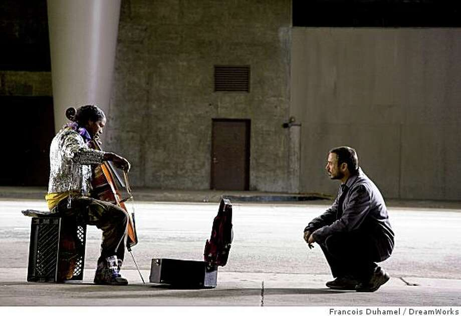 "Jamie Foxx and Robert Downey Jr. in ""The Soloist."" Photo: Francois Duhamel, DreamWorks"