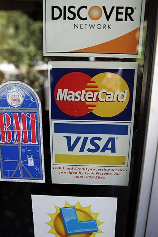 The Federal Reserve's proposed rules for credit card lenders could lead the banking industry to lose at least $10.6?billion in interest annually, JPMorgan Chase & Co. said in a letter to regulators, citing a study. Photo: Paul Sakuma, AP