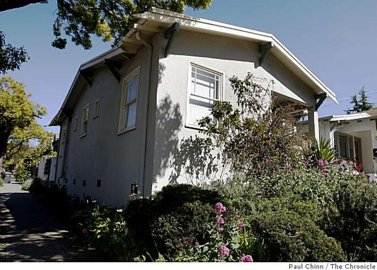 A home is seen in Berkeley, Calif., on Friday, April 17, 2009.