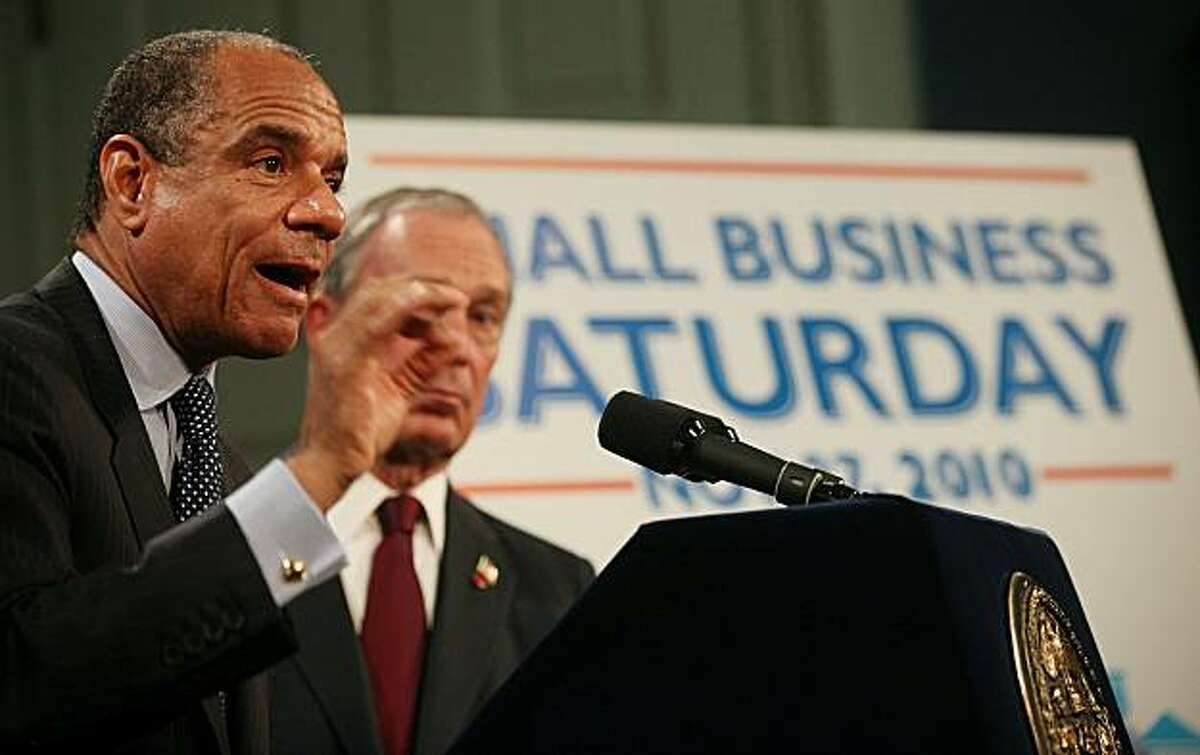 NEW YORK - NOVEMBER 08: American Express CEO Kenneth Chenault (L) and New York Mayor Michael Bloomberg announce