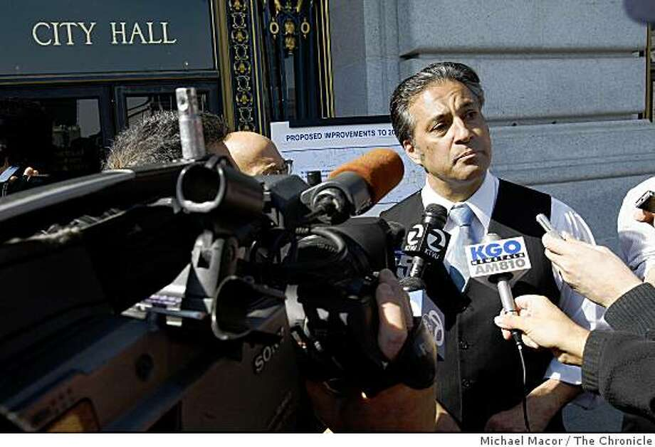 DO NOT USE THIS AS A MUG SHOT FOR MIRKARIMI .... DJSan Francisco Supervisor Ross Mirkarimi, speaks to the media on the steps of City Hall following a press conference about the proposed changes in the running of this years' Bay to Breakers foot race. Photo: Michael Macor, The Chronicle