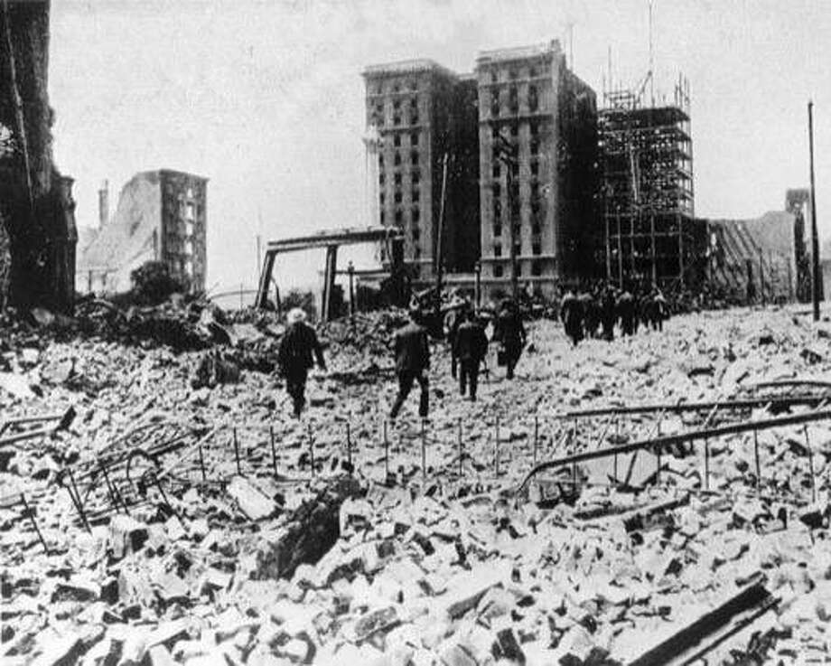 The St. Francis Hotel after the 1906 earthquake