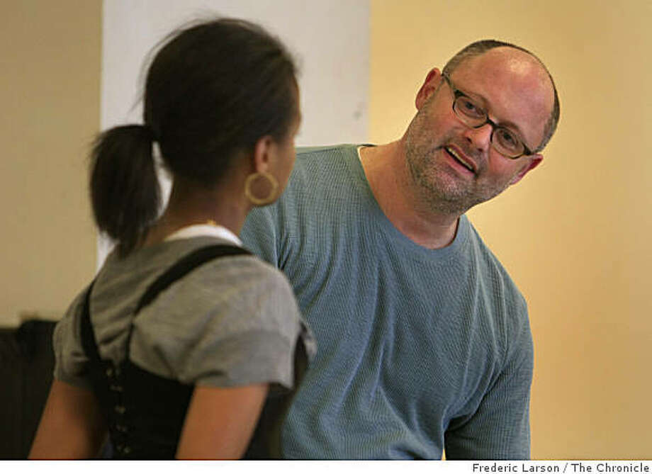 Jon Moscone (left) goes over some acting techniques with Lakisha May and the rest of his class at ACT in San Francisco, Calif., where he is teaching a master's acting class on March 13, 2008. Photo: Frederic Larson, The Chronicle