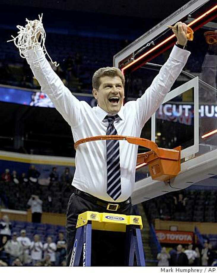 Connecticut coach Geno Auriemma celebrates his team's win in championship game at the women's NCAA college basketball tournament Final Four on Tuesday, April 7, 2009, in St. Louis. Connecticut won 76-54. (AP Photo/Mark Humphrey) Photo: Mark Humphrey, AP