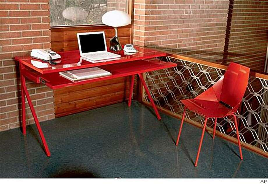 **FOR USE WITH AP LIFESTYLES**   In this photo released by All Modern shows the  Blu Dot Desk 51 home office combo.   (AP Photo/All Modern)**NO SALES** Photo: AP