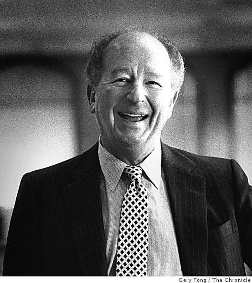 Herb Caen in the Chronicle newsroom, 1984. Photo: Gary Fong, The Chronicle