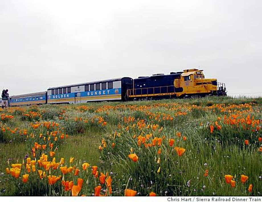 Sierra Railroad Dinner Train Photo: Chris Hart, Sierra Railroad Dinner Train