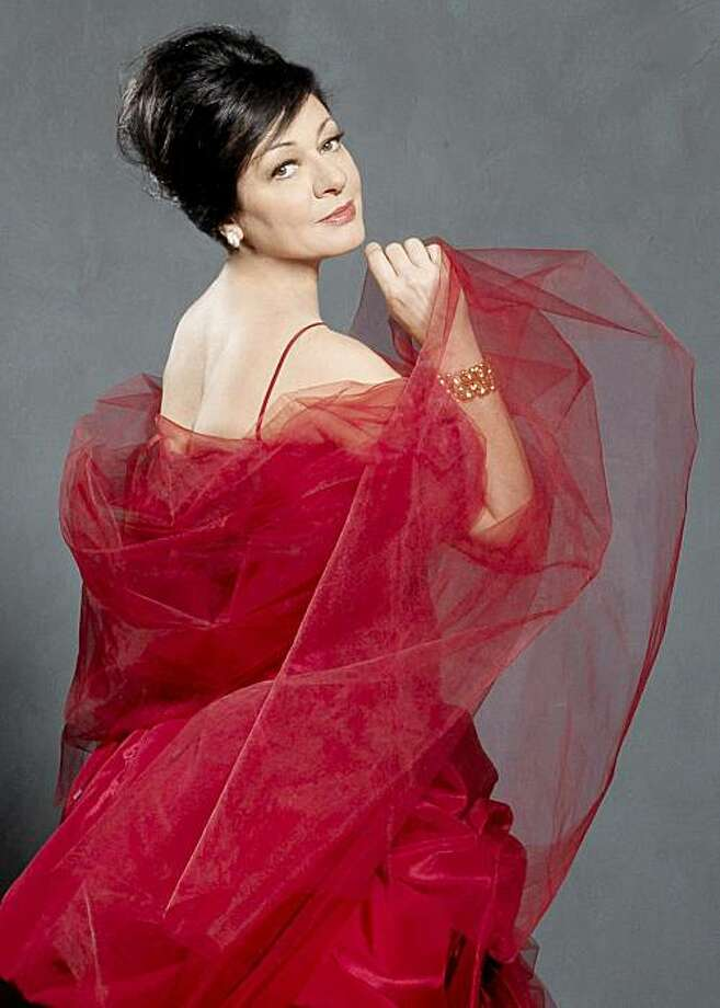 Soprano Daniela Dess? Photo: San Francisco Opera