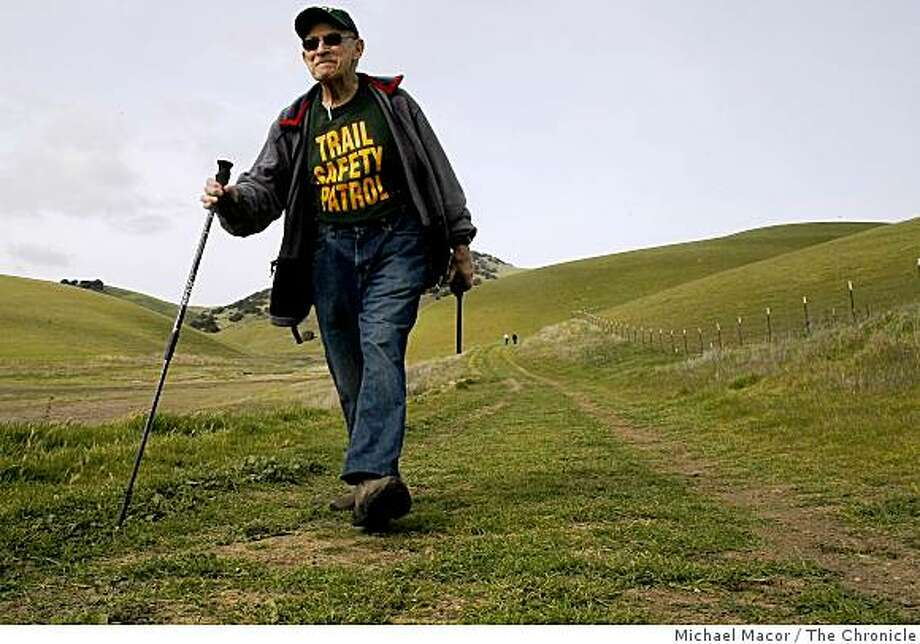 85-year-old Albert Rothman, hikes the trails of Brushy Peak Regional Park in Livermore, Calif. on Saturday Mar. 14, 2009. Photo: Michael Macor, The Chronicle
