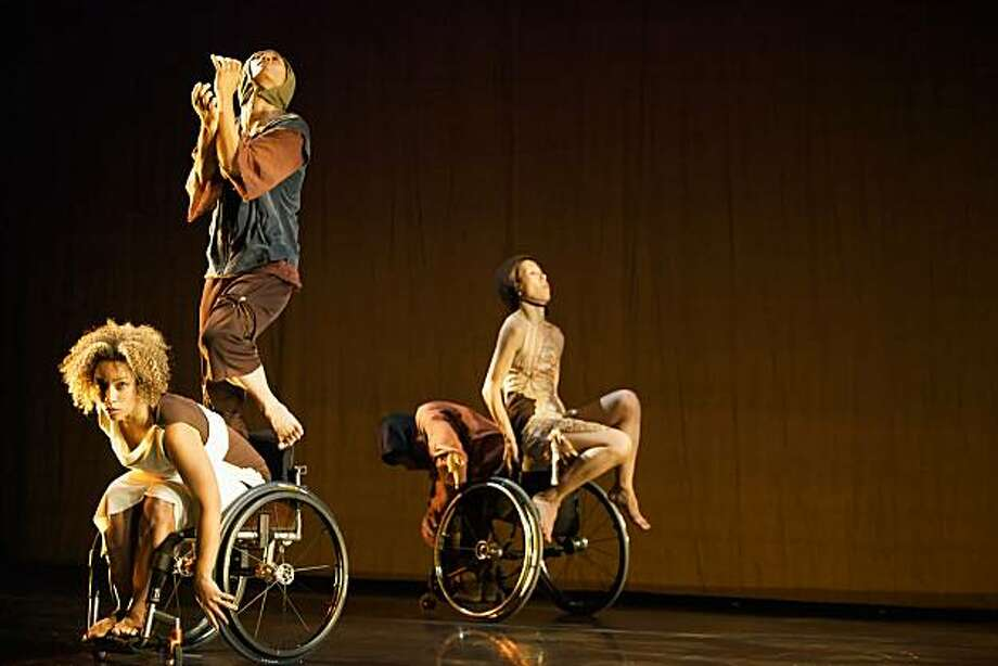 Caption: From left to right, AXIS dancer Alice Sheppard, inkBoat's Sherwood  Chen, AXIS' Rodney Bell and inkBoats Yuko K in ODD at ODC Theater  Credit:  Park Han Photo: Park Han