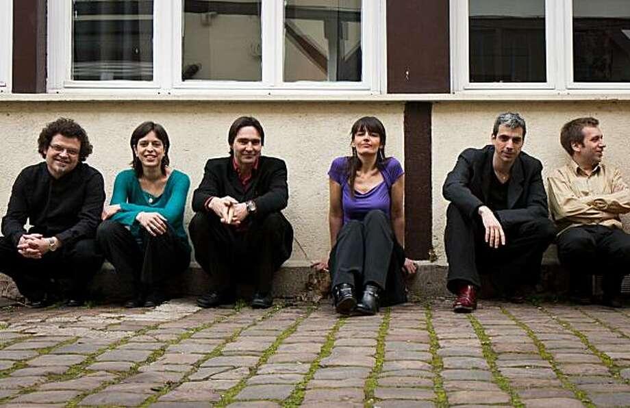 Ensemble Zellig (left to right) Marc Viellefon. Anne-C?cile Cuniot. Etienne Lamaison. Silvia Lenzi. S?bastien Surel. Nicolas Prost Photo: Christophe Alary