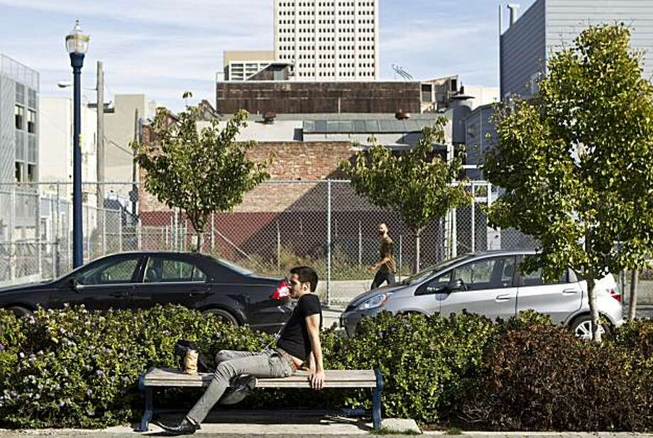 Damian D'Angelo relaxes on a bench along Octavia Boulevard in San Francisco, Calif., on Wednesday, November 3, 2010. Photo: Laura Morton, Special To The Chronicle