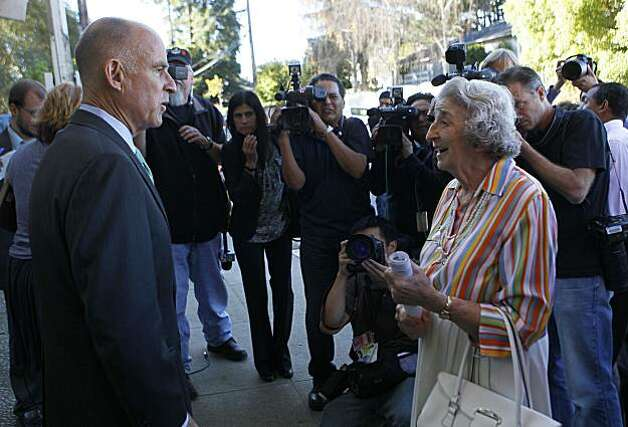 Democratic gubernatorial candidate Jerry Brown chats with his neighbor, Betty Ann Lipow, after casting his ballot on Tuesday, November 2, 2010 in Oakland, California. Photo: Robert Gauthier, MCT