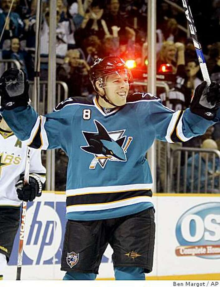 San Jose Sharks' Joe Pavelski celebrates his goal against the Dallas Stars during the second period of an NHL hockey game Saturday, March 21, 2009, in San Jose, Calif. (AP Photo/Ben Margot) Photo: Ben Margot, AP