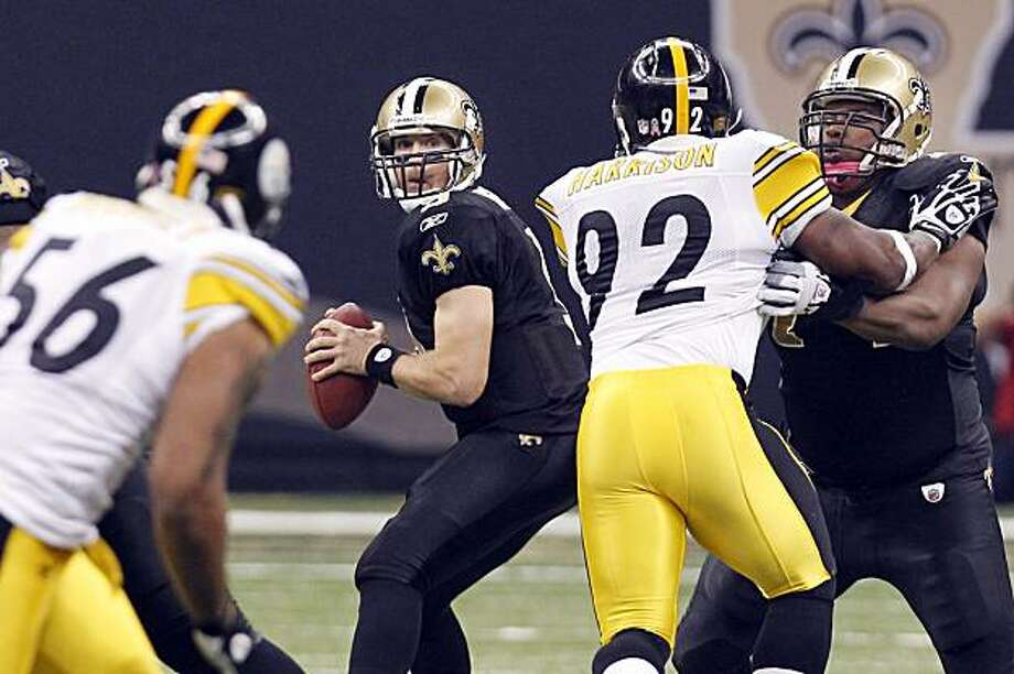 New Orleans Saints quarterback Drew Brees (9) looks to pass during the first quarter of an NFL football game against the Pittsburgh Steelers at the Louisiana Superdome in New Orleans, Sunday, Oct. 31, 2010. Photo: Gerald Herbert, AP
