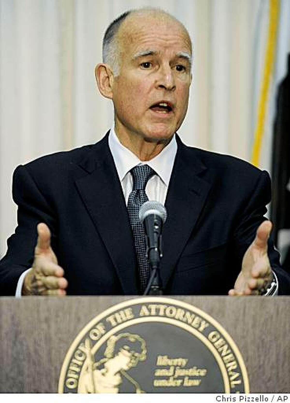 ** CORRECTS DATE TO MARCH 13 ** California Attorney General Jerry Brown discusses charges filed against Howard K. Stern and two physicians for conspiring to illegally furnish controlled substances to Anna Nicole Smith leading up to her 2007 fatal overdose, at a news conference in Los Angeles, Friday, March 13, 2009. (AP Photo/Chris Pizzello)
