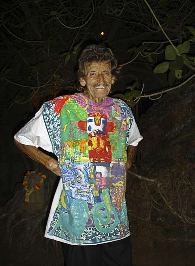 This undated photo provided on Wednesday Oct. 27, 2010 by Goa Gil, a close friend, shows Eight Finger Eddie in Goa, India. When Eight Finger Eddie died last week at age 85 in a beachside village in Goa, the west coast Indian state he had helped put on thetravel map for global backpackers had long since turned its back on him. Goa, now a top vacation and party destination, was a different scene when Eddie arrived with his half-naked buddies more than four decades ago. Photo: Goa Gil, Associated Press