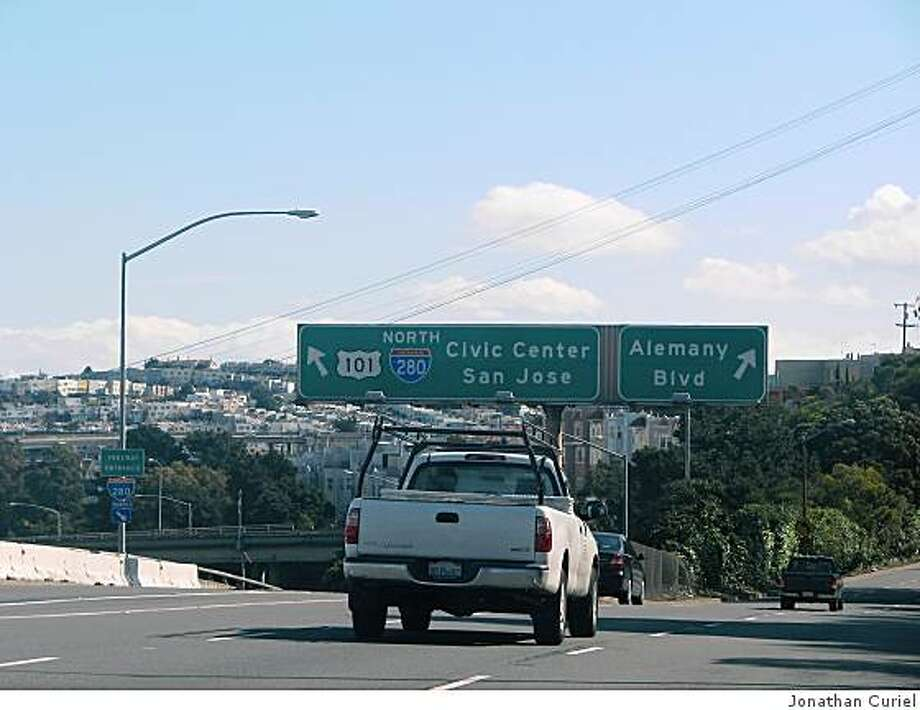 Interstate 280 in San Francisco, near the northbound lane that connects from Alemany Boulevard Photo: Jonathan Curiel