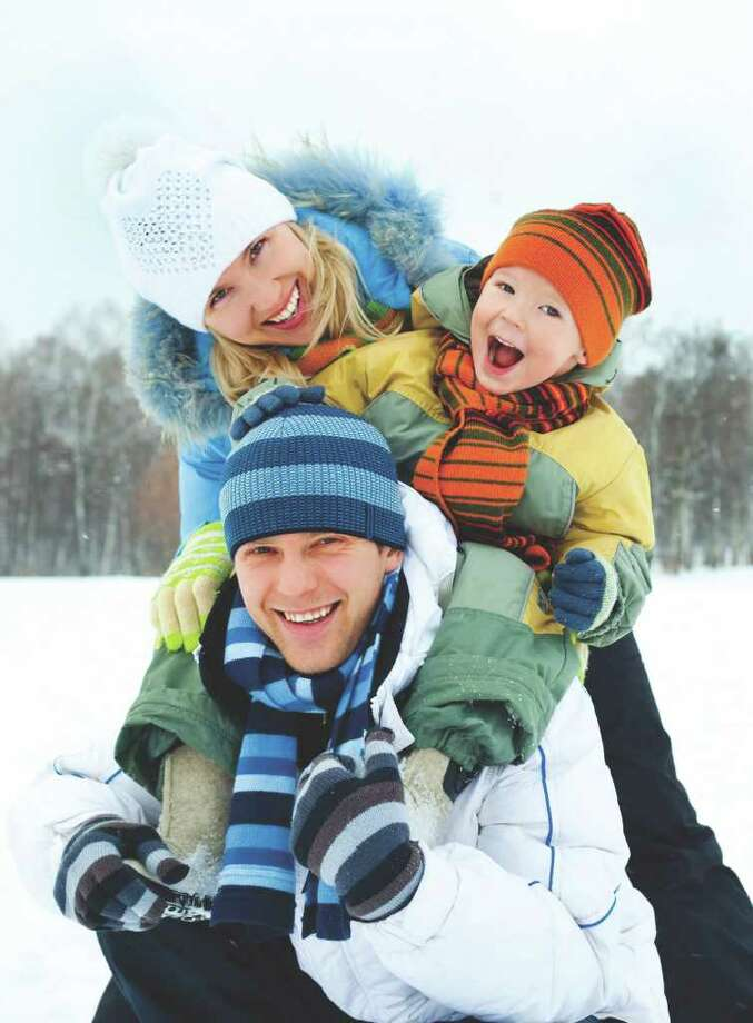 Spend time outdoors with the kids this winter. (Fotolia.com) / LanaK - Fotolia