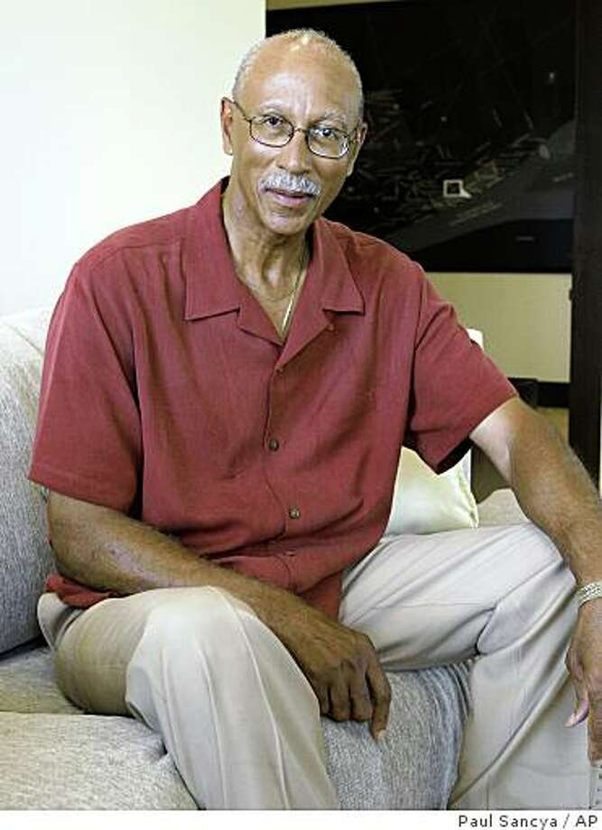 Dave Bing is shown in Detroit, July 17, 2008. A state police investigation into a possible assault charge against Kwame Kilpatrick has pushed businessman and professional basketball Hall-of-Famer Bing closer to a run for Detroit mayor.  (AP Photo/Paul Sancya) Photo: Paul Sancya, AP