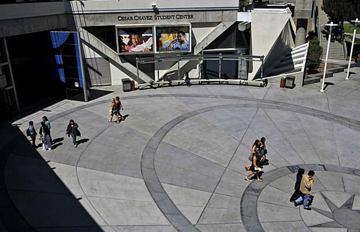 Students find their way around the campus at San Francisco State University, Monday August 23, 2010, preparing themselves for tomorrows first day of classes, in San Francisco, Calif.