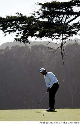 Carlos Briones putts on the 34th hole during the final round of the San Francisco City Golf Championship at Harding Park on Sunday, March 8, 2009. Photo: Michael Maloney, The Chronicle