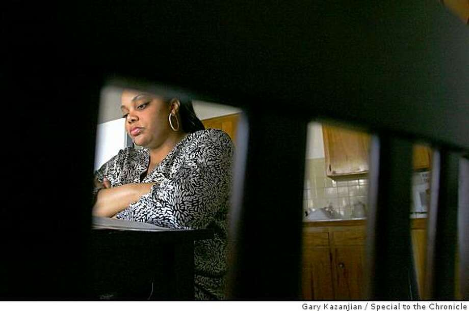 Stacey Chandler is shown in her kitchen Friday, Feb. 27, 2009 in Fresno Calif. Chandler served 10 years in prison because her boyfriend had crack cocaine in the house. She got 2 years cut off of her sentence because of an interim reform. Photo: Gary Kazanjian, Special To The Chronicle