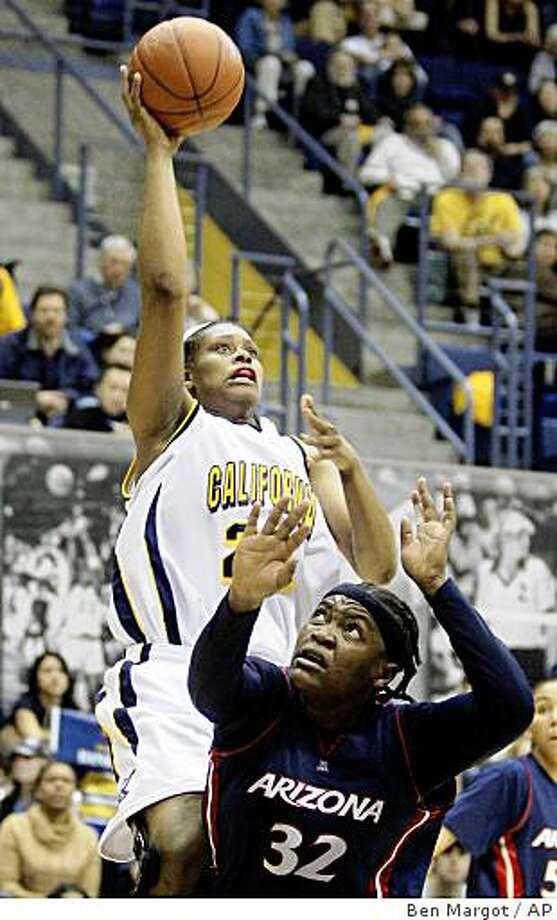 California's Devanei Hampton shoots over Arizona's Amina Njonkou during the second half of an NCAA college basketball game Saturday, March 7, 2009, in Berkeley, Calif. (AP Photo/Ben Margot) Photo: Ben Margot, AP