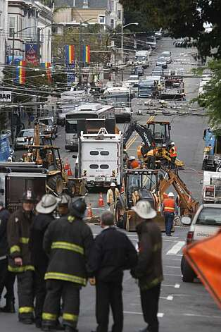 PG&E crews work to close a gas leak on Castro Street between 18th and Market Street on Thursday Oct. 21, 2010 in San Francisco, Calif. The 2-inch pipe that was cut by a third party contractor was sealed off with no injuries reported and 7 businesses with a loss of gas. Photo: Mike Kepka, The Chronicle
