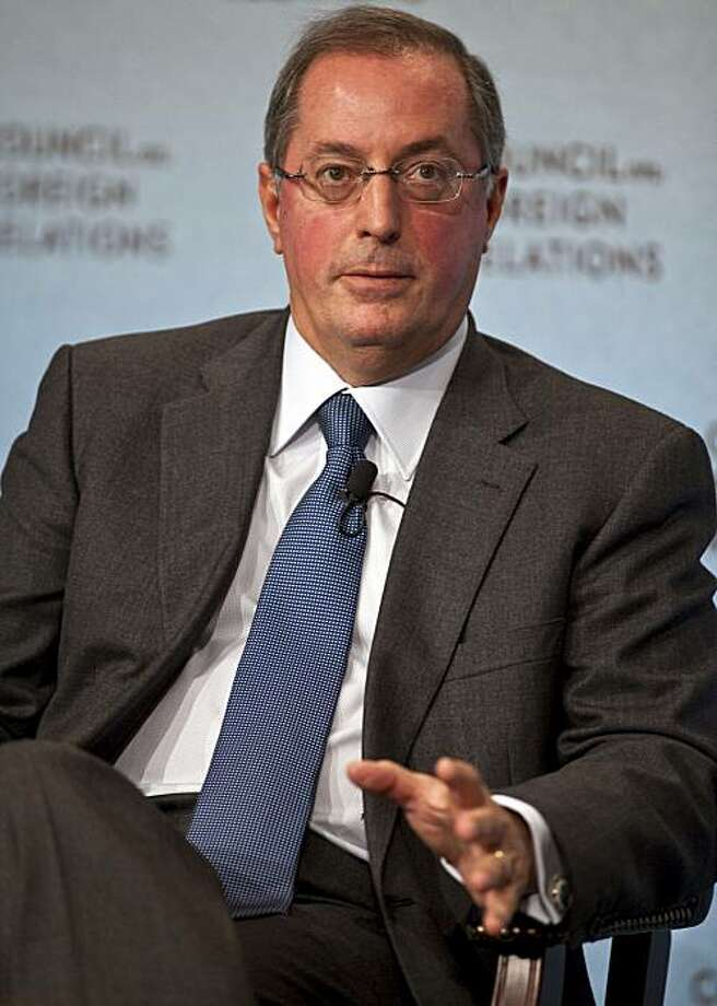 Paul Otellini, chief executive officer of Intel Corp., speaks at the Council on Foreign Relations in New York, U.S., on Tuesday, Oct. 5, 2010. Intel Corp., the world's largest maker of computer chips, should have begun its push into semiconductors for mobile devices sooner, Otellini said. Photographer: Ramin Talaie/Bloomberg *** Local Caption *** Paul Otellini Photo: Ramin Talaie, Bloomberg